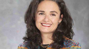 Vanderbilt Executive MBA Nonprofit Scholarship Awarded to President & CEO of Centro Hispano de East Tennessee