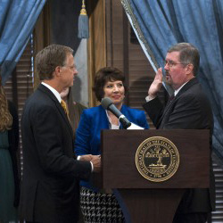 Jeff Bivins '86 sworn in by TN Governor Bill Haslam