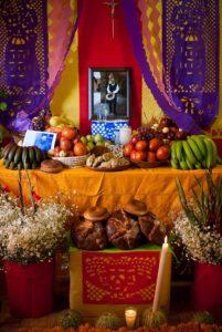 Altar tradicional de día de muertos en Milpa Alta, México DF.