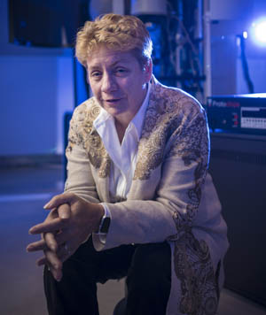 Professor Sandy Rosenthal The cover story of the Fall 2017 issue of Vanderbilt Magazine is about the Chancellor's Chair Challenge, an effort to expand the number of endowed chairs. The story will spotlight seven current chairholders and their research, including Professor Rosenthal. standing next to the Osiris STEM in the basement of the ESB.  (Copyright Vanderbilt University / Daniel Dubois)