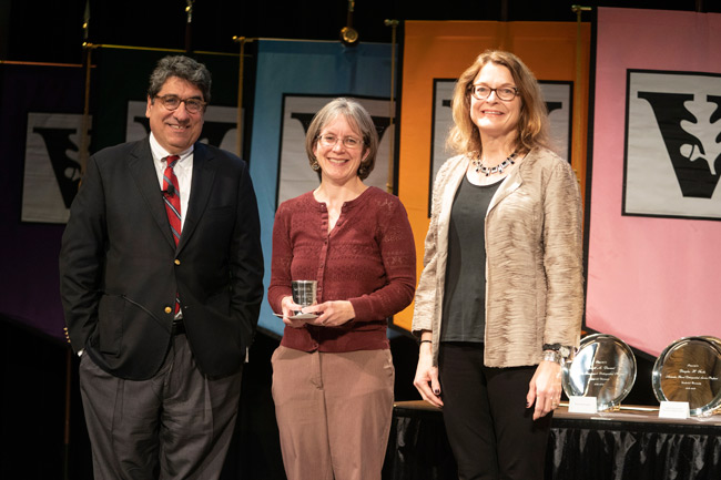 Chancellor Nicholas S. Zeppos, Madison Sarratt Prize for Excellence in Undergraduate Teaching recipient Katherine Friedman and Faculty Senate chair Vicki Greene
