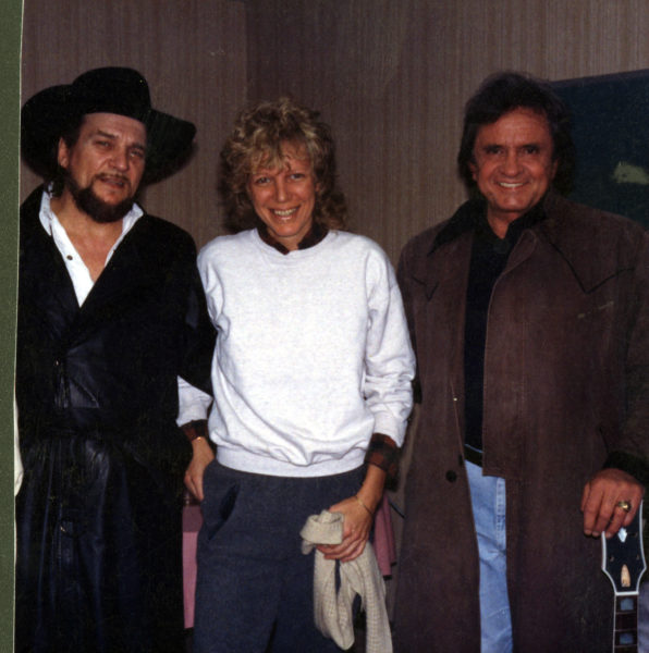 standing left to right, Waylon Jennings, Marshall Chapman and Johnny Cash