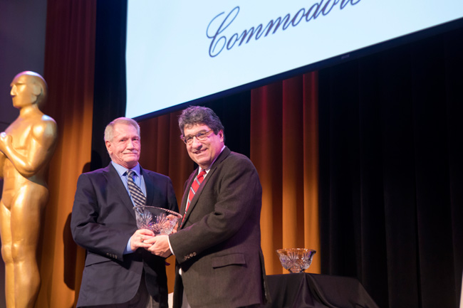 Commodore Award winner Dennis Spann and Chancellor Nicholas S. Zeppos. (Susan Urmy/Vanderbilt)