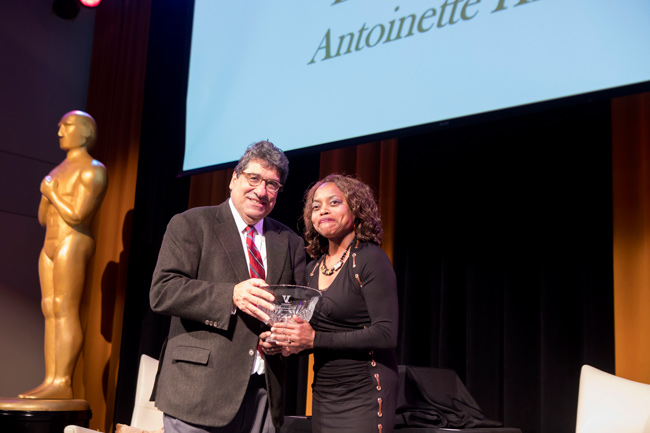 Chancellor Nicholas S. Zeppos and Commodore Award winner Antoinette Hicks. (Susan Urmy/Vanderbilt)