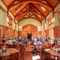 The dining hall at E. Bronson Ingram College (John Russell/Vanderbilt)