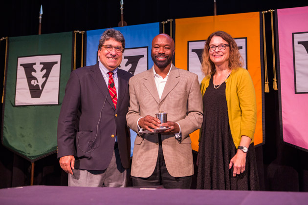L-r: Chancellor Nicholas S. Zeppos, Chancellor's Award for Research on Equity, Diversity and Inclusion recipient Herbert Marbury, and Faculty Senate Chair Victoria Greene. (Anne Rayner/Vanderbilt)
