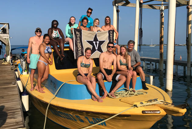 The monthlong class in Utila, Honduras, was part of a special Maymester immersion program. (Vanderbilt University)