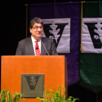 Chancellor Nicholas S. Zeppos address faculty and administrators April 5 during the Spring Faculty Assembly in Langford Auditorium. (Joe Howell/Vanderbilt)