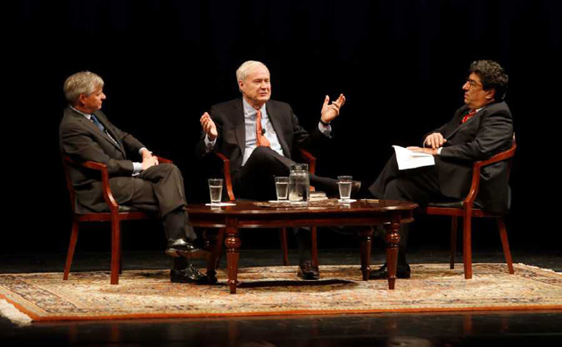Chancellor Nicholas S. Zeppos (right) hosted MSNBC's Chris Matthews (center) and Vanderbilt Distinguished Visiting Professor Jon Meacham (left) for a Chancellor's Lecture Series discussion March 27. (Steve Green/Vanderbilt)