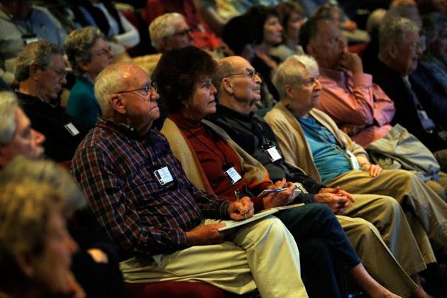 Students in Vanderbilt's Osher Lifelong Learning classes often enjoy similar interests and develop lasting friendships. (Steve Green/Vanderbilt University)