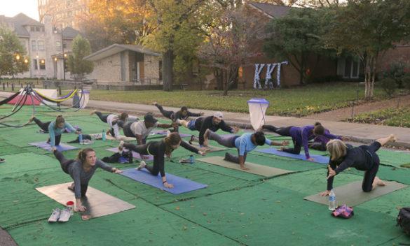The Vanderbilt Recreation and Wellness Center sponsored a yoga class at the pop-up park on Kensington Place. (Steve Green/Vanderbilt)