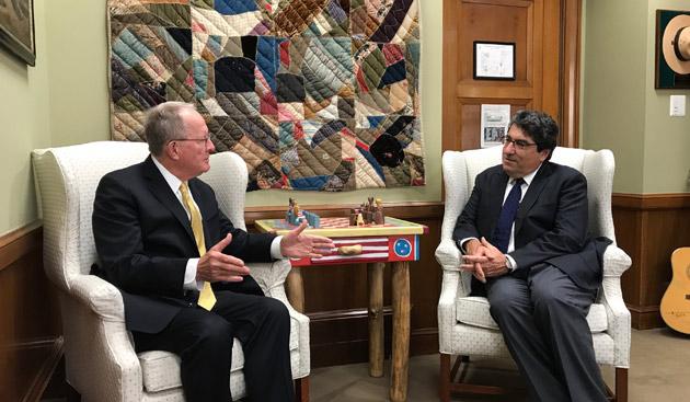 Chancellor Nicholas S. Zeppos (right) visits with Sen. Lamar Alexander (R-TN) during his visit to Capitol Hill. (Vanderbilt University)