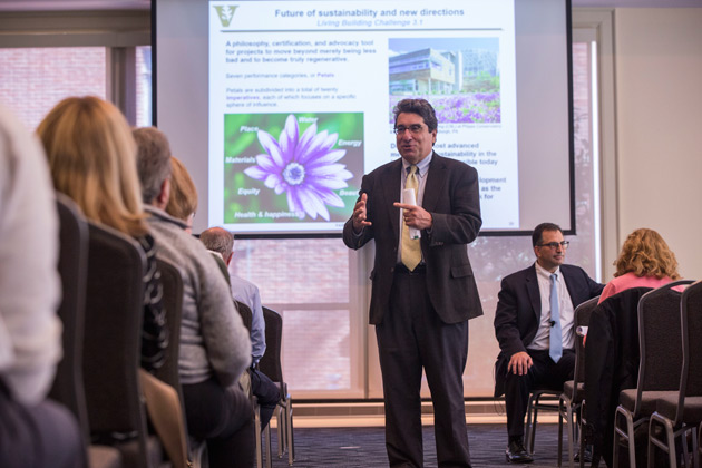 Chancellor Nicholas S. Zeppos addresses Vanderbilt community members at a town hall meeting discussing FutureVU, the university's land use planning process, on Oct. 17. (Anne Rayner/Vanderbilt)