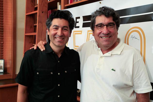 Professor Keivan Stassun (left) and Chancellor Nicholas S. Zeppos. (Pat Slattery/Vanderbilt University)