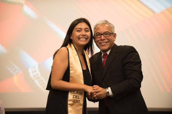 Class of 2017 graduate Melissa De La Torre and Professor William Luis shared remarks at Sí Se Pudo on May 11. (Vanderbilt University)