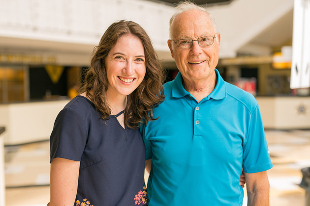 Rachel Reindeau, Class of 2017, and her grandfather Jim Cheshire, Class of 1967. (Vanderbilt University)