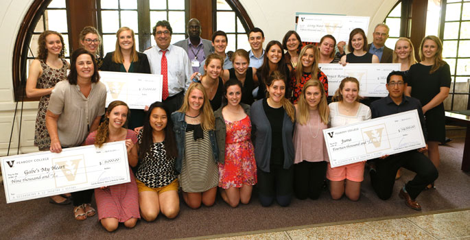 Nearly 30 Vanderbilt University students took part in Philanthropy and Social Problem Solving, a course offered by Vanderbilt's Peabody College of education and human development as part of its human and organizational development (HOD) major.