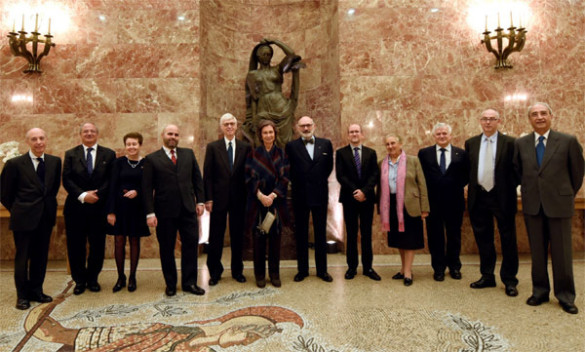 Edward Friedman (fifth from left) and Queen Emerita Doña Sofía of Spain (sixth from left) at the Consejo Superior de Investigaciones Científicas in Madrid. (photo courtesy of CSIC)