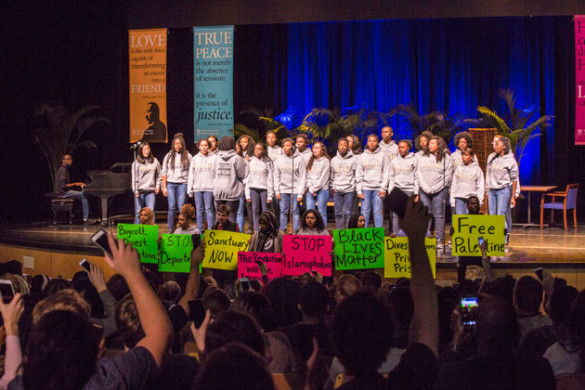 Vanderbilt students perform at the 2017 MLK Commemorative Series keynote event. (Anne Rayner/Vanderbilt)