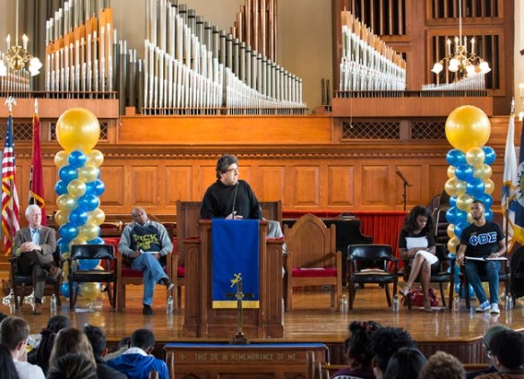 Chancellor Nicholas S. Zeppos addresses those gathered at Fisk University Jan. 14 for the 2017 MLK Day of Service. (Susan Urmy/Vanderbilt)