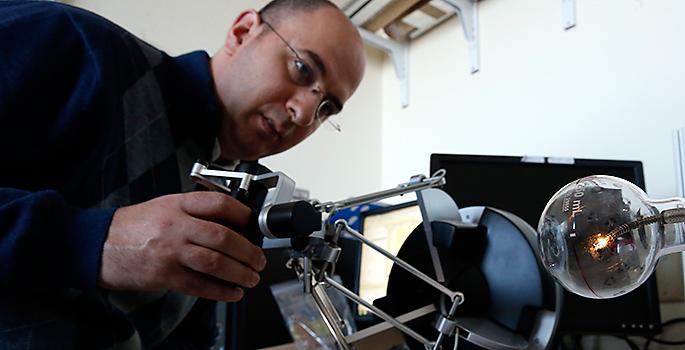 Nabil Simaan and robot