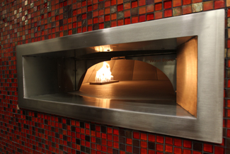 The new pizza oven at Pi and Leaf in the Rand Lounge. (Steve Green/Vanderbilt)