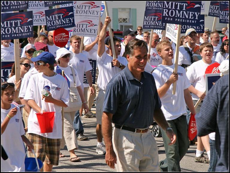 Mitt Romney Parade Rally Politcs