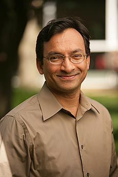 Ranga Ramanujam, associate professor of management (Vanderbilt University)