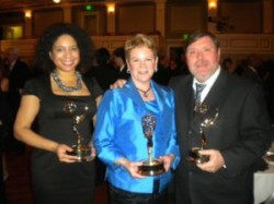Lewis, Slattery, Pearce at 2011 Emmy Awards (Ben WOlf_