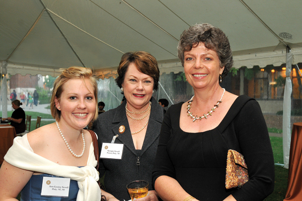 Anne Louise Sewell, BS'07, MEd'09; Georgia Sewell; and Dean Camilla Benbow