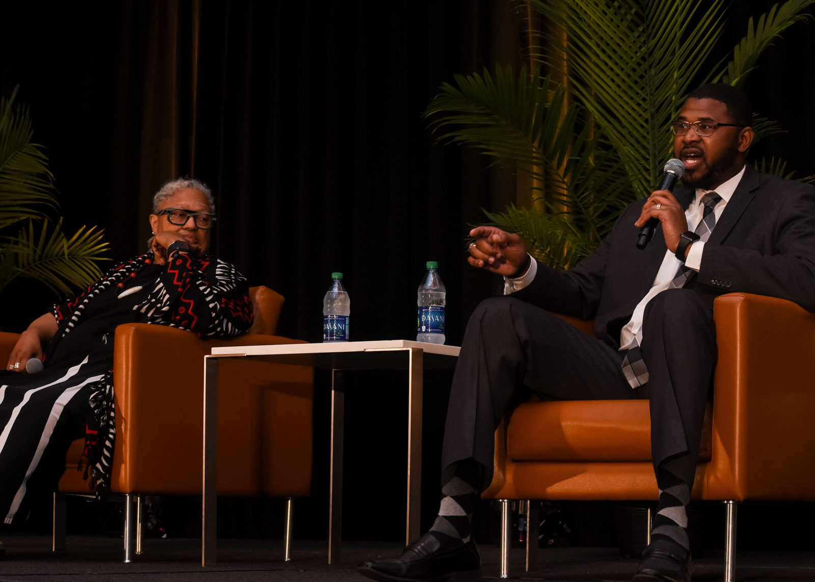 Dean Emilie M. Townes and Shan Foster during panel discussion. (Photo by Morgan Yingling)