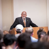 Texas Southern University Distinguished Professor of Urban Planning and Environmental Policy Robert Bullard gives lecture to community members at Wyatt Rotunda on Oct. 1 (Susan Urmy/Vanderbilt)