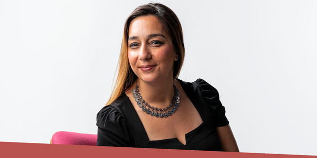 Houra Merrikh, professor of biochemistry