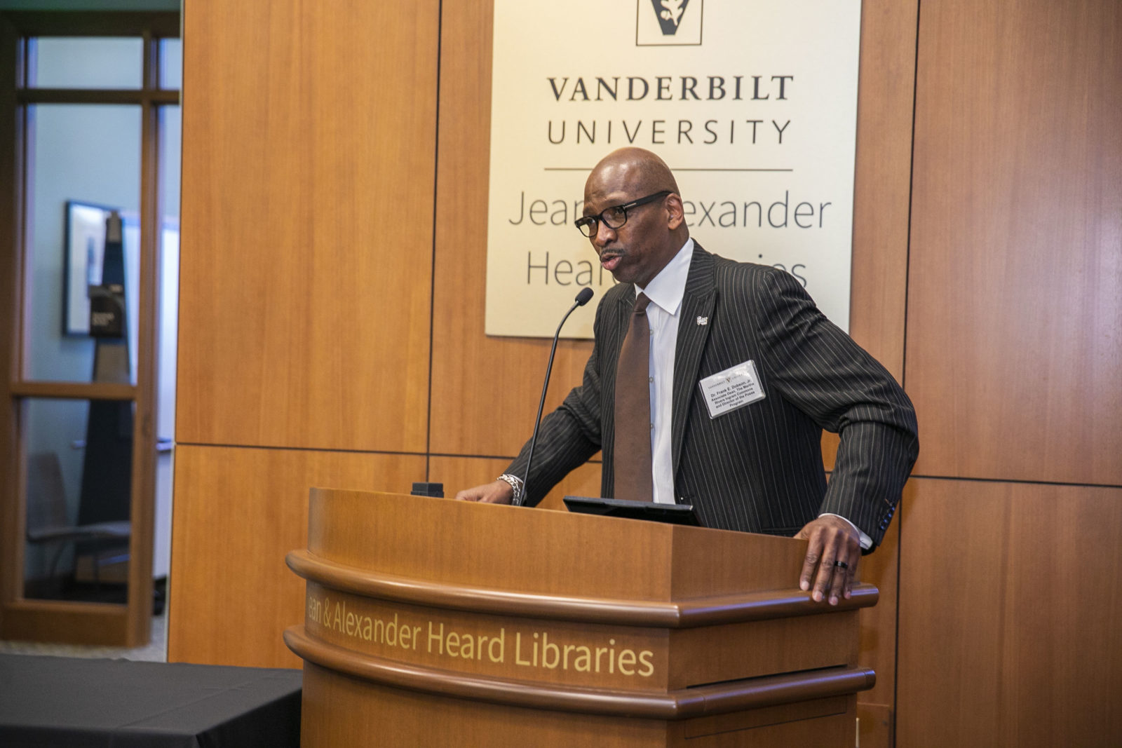 Associate Dean of The Martha Rivers Ingram Commons Frank Dobson, who directs the Posse program, spoke at the 30th anniversary celebration (Anne Rayner/Vanderbilt)
