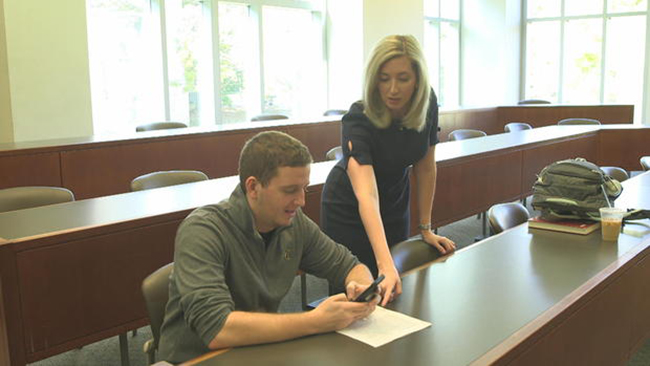 Veteran Alyssa Hartley is continuing her education at Vanderbilt University through the Bass Military Scholars Program. (image courtesy CBS News)