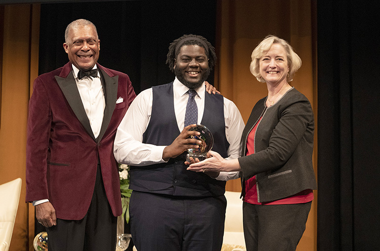 L-r: Interim Vice Chancellor for Equity, Diversity and Inclusion Dr. André Churchwell, Diversity Leadership Award winner Harold Brown and Interim Chancellor and Provost Susan R. Wente (Joe Howell/Vanderbilt)