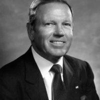 Brownlee O. Currey Jr., BA'49 and emeritus Board of Trust member member