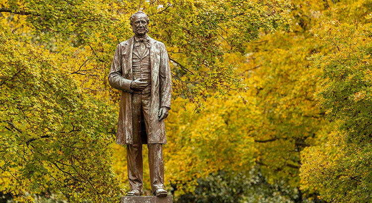 Vanderbilt honors Class of 2021 Founder's Medalists