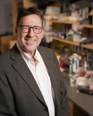 Jeffrey Cohn in lab, photo by Vanderbilt University