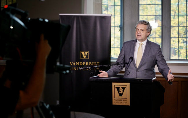 Diermeier thanks staff for Vanderbilt's strong position during unprecedented year