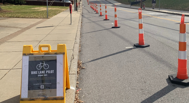 Bike lane pilot program on Jess Neely Drive. (Vanderbilt University)