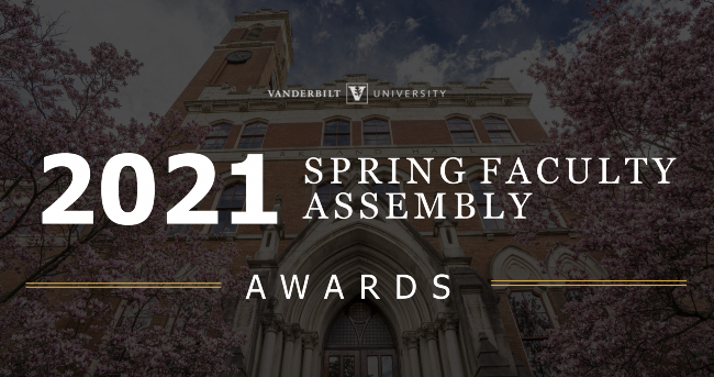 Seven faculty members honored at Spring Faculty Assembly