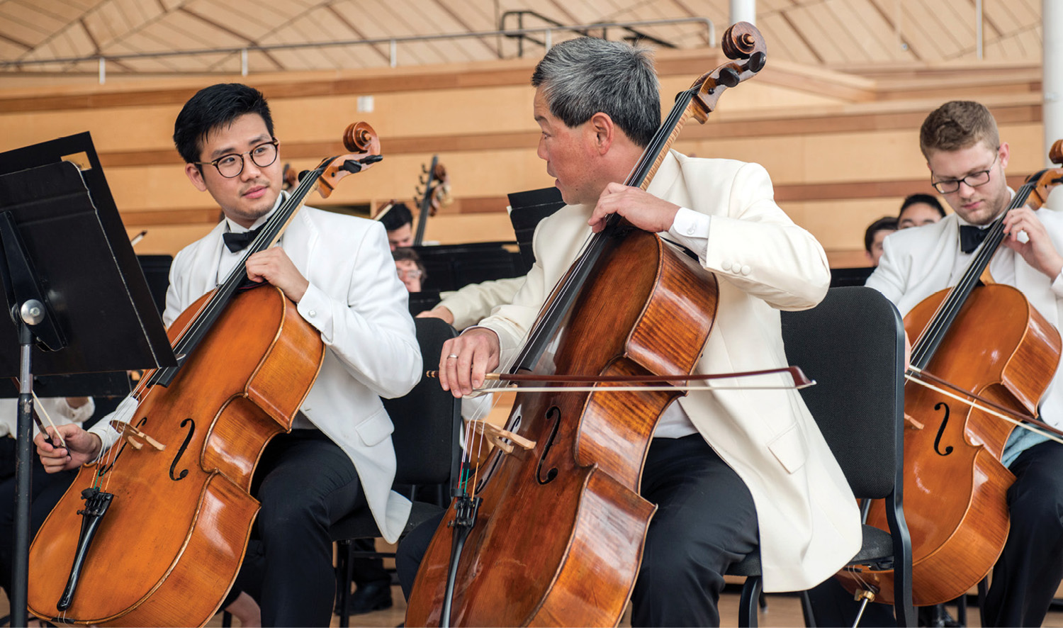 Students play alongside faculty in this side-by-side concert at the Aspen Music Festival. Photo by Alex Irvin