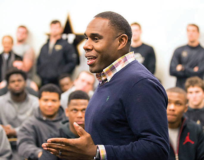 photo of Derek Mason