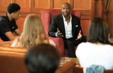 Terry Crews spends time with students in the E. Bronson Ingram College Great Room before his Chancellor's Lecture in September. (Joe Howell/Vanderbilt)