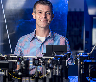 Caldwell is 2020 Materials Research Society Fellow