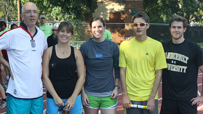 The O'Brien Lab participating in the annual MP&B departmental relay race