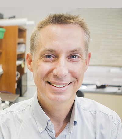 Vanderbilt University Basic Sciences Jeffrey Rathmell, PhD, has been named to receive a distinguished innovator award from the Lupus Research Alliance.