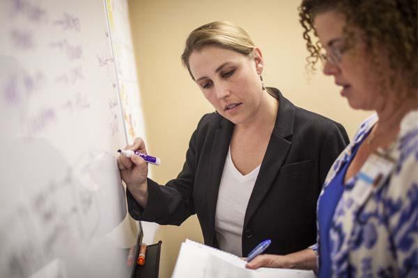 School of Nursing launches redesigned MSN programs in informatics, leadership