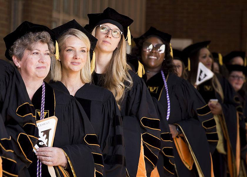 2018 VUSN DNP Graduates Processing